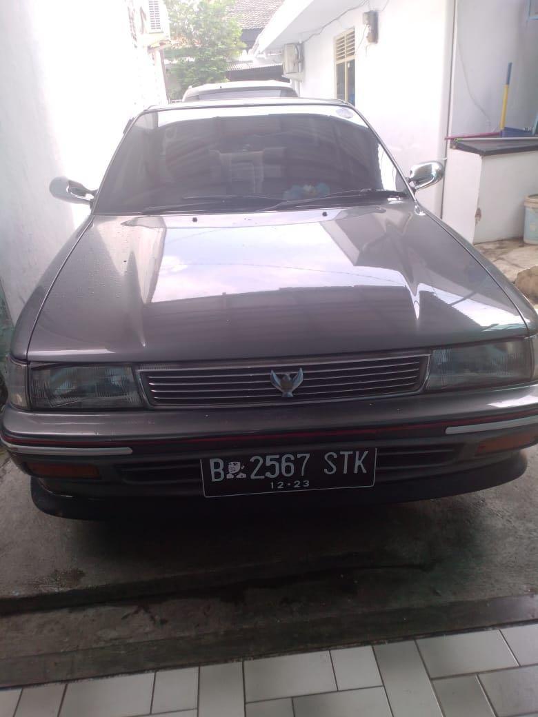 Mobil Toyota Twincam 1988
