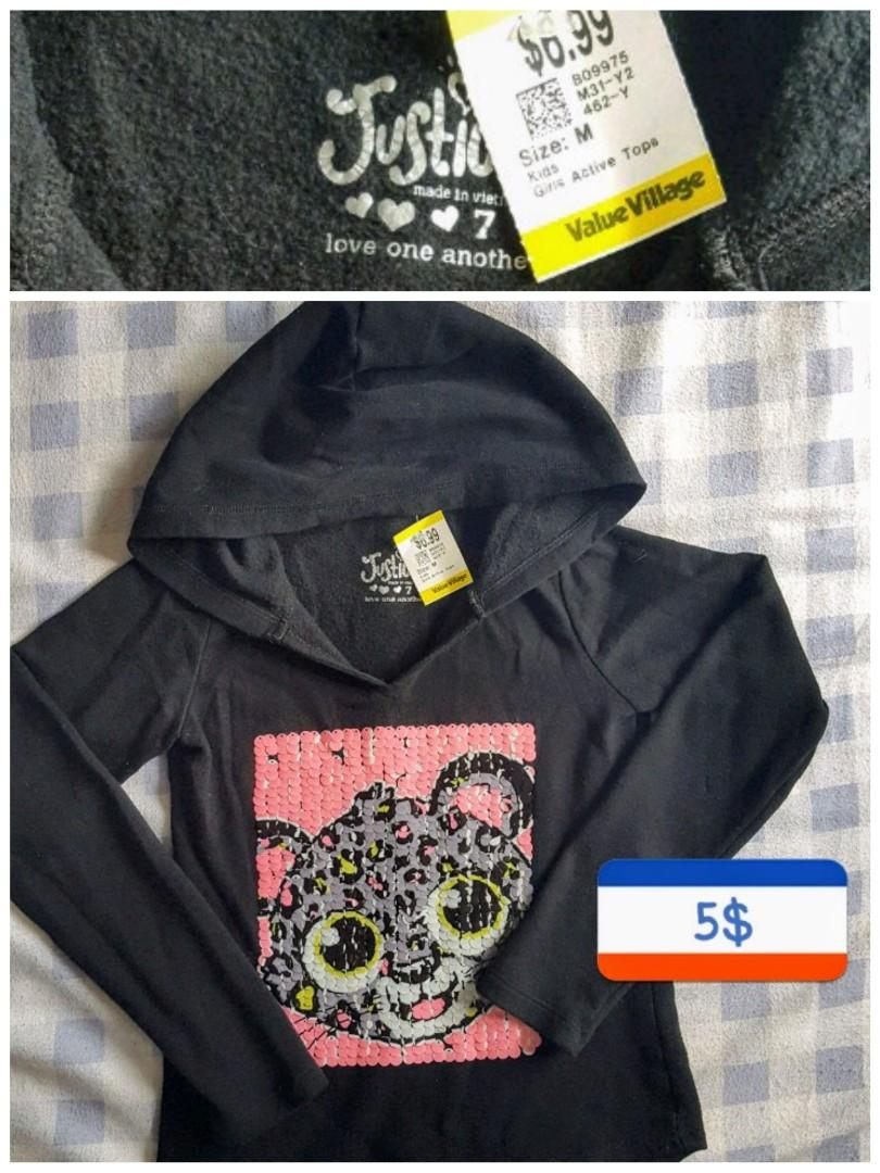SIZE MED KIDS SWEATER TOP 5$