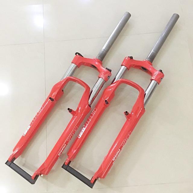 SR Suntour XCM Limited RED Suspension Fork