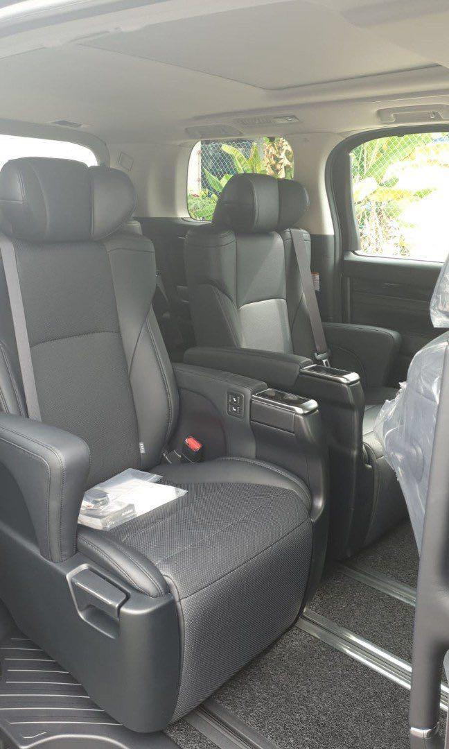 Toyota Alphard SC 2.5 high specs model