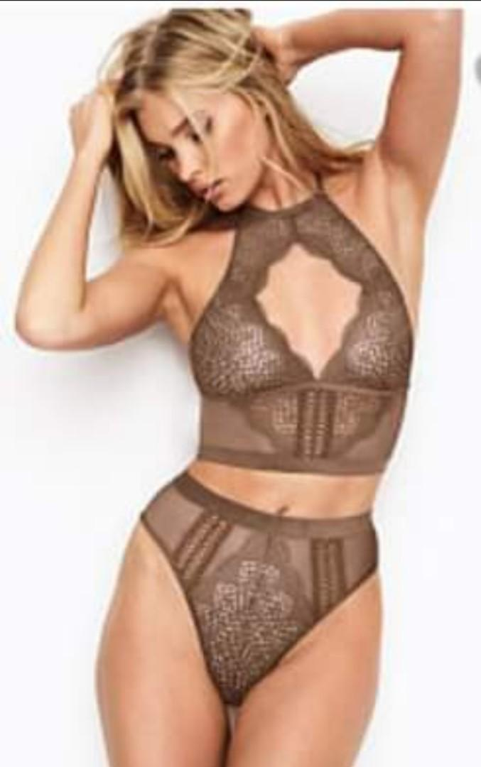 Victoria Secret Longline chocker bra and high-waisted G-string