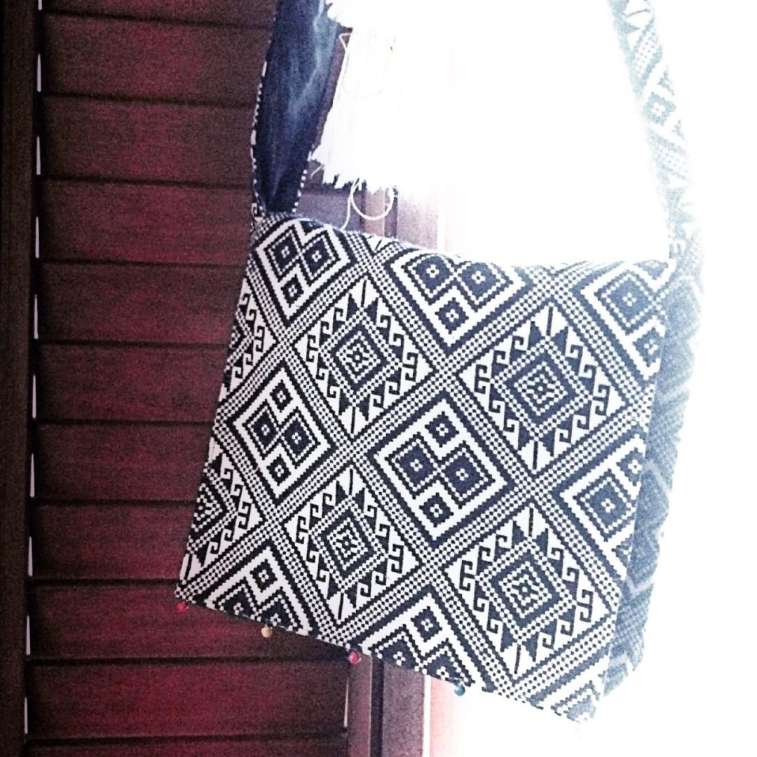 #mauVIVO Women Bag from Nepal