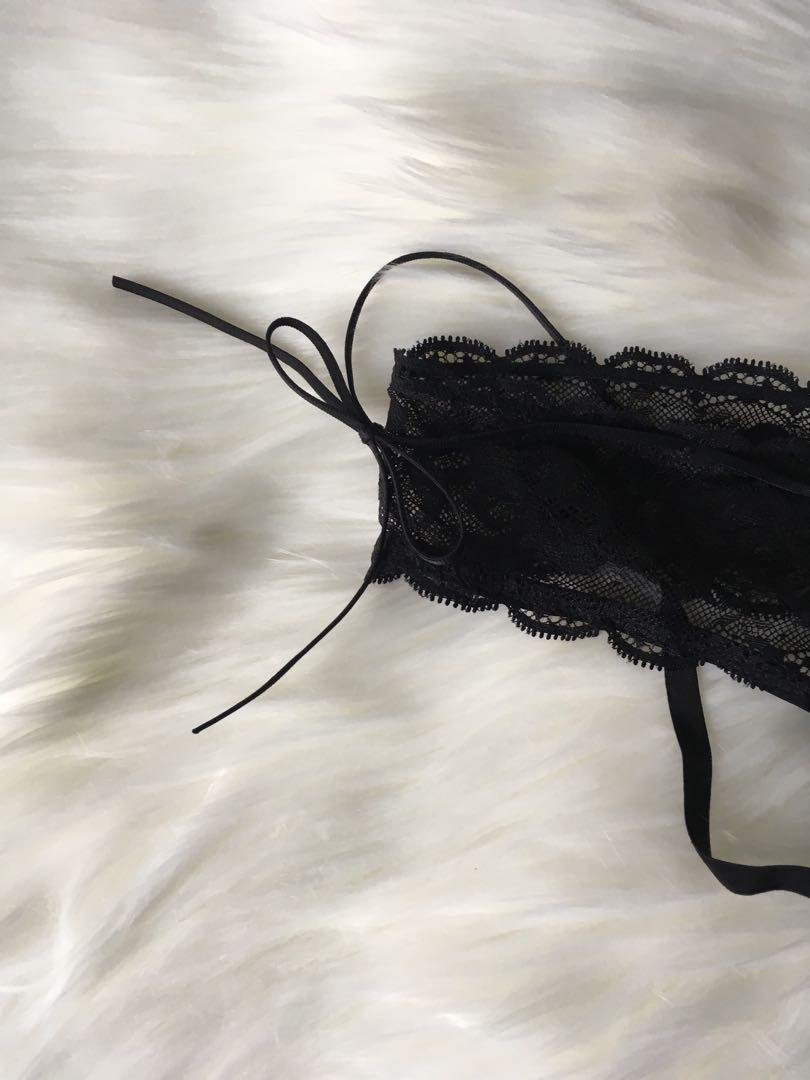 XS NWT Victoria's Secret Very Sexy black thong or panty with strings