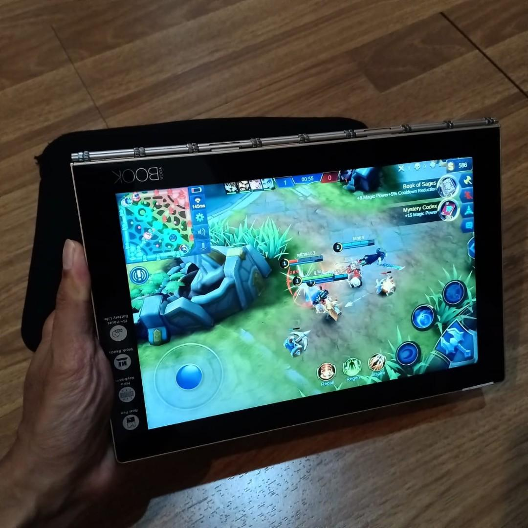Yoga Book Lenovo YB1-X90F OS Android Dengan Prosesor Intel Tangguh