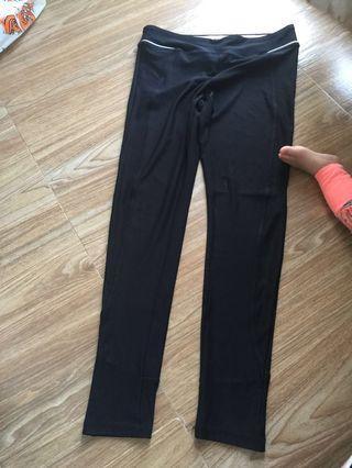 Spalding sports pant size M