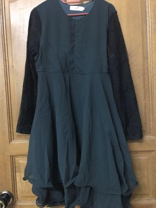 Wardatulbaydhahijab blouse in emerald greed