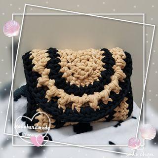 Handmade奶茶色25cm×21cm 斜孭袋