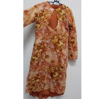 Baju Kurung Oren