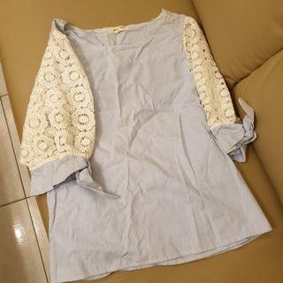 🚚 正韓布蕾絲簍空袖傘洋上衣