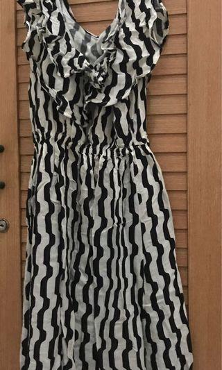 Mididress Dress