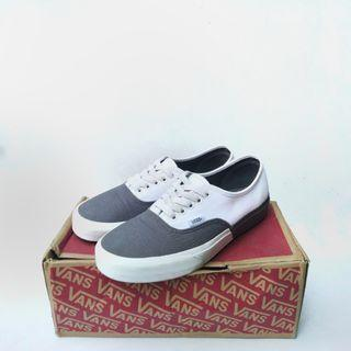 Vans Authentic (blocked) Pewter True White , Ukuran 39
