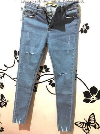 顯瘦牛仔褲 M號