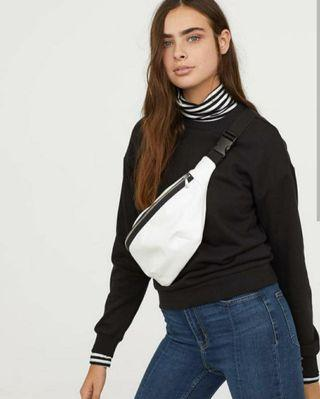 Sweatshirt By Divided H&M • For Women
