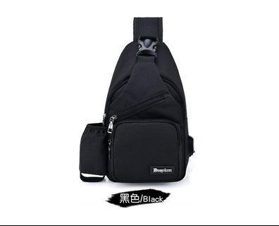 【Q夫妻】Sling Bag 韓版USB款帆布單肩胸包 黑色  #B0004-3