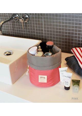 【Q夫妻】Cosmetic Bag 韓系 桶包 多功能化妝包 旅行收納包 洗漱包 玫紅色 #B2002-1