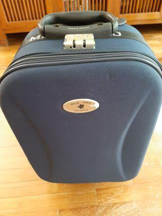 """Preloved 18"""" Cabin Bag in Excellent condition"""