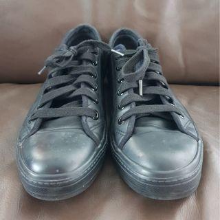 Unisex Levis All Black Sneaker