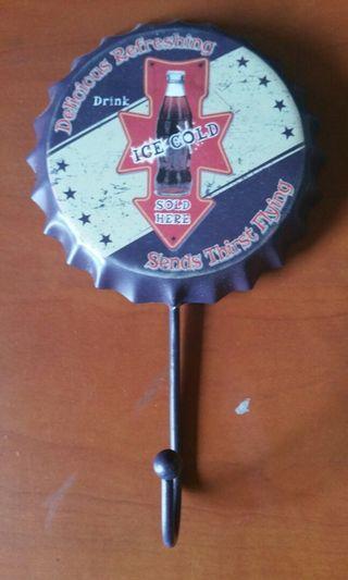 Vintage Bottlecap design hook