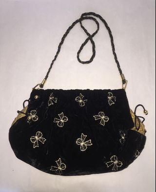 Sling Bag Baldu