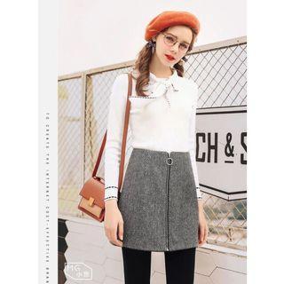 Wool Skirt in Grey with Zip