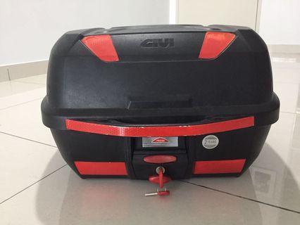 Givi Box E43 Top Box