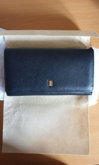 🚚 Wallet with sling/ clutch