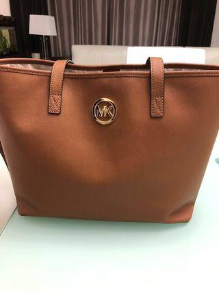 Authentic Micheal Kors tote