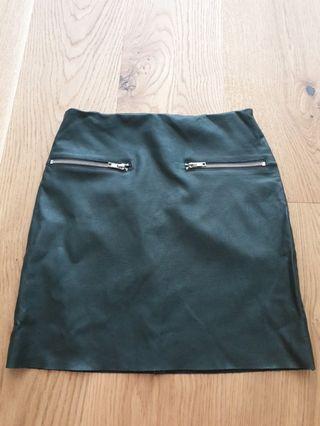 Faux leather skirt sz 6