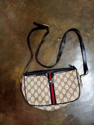 Gucci Sling Bag (vintage)