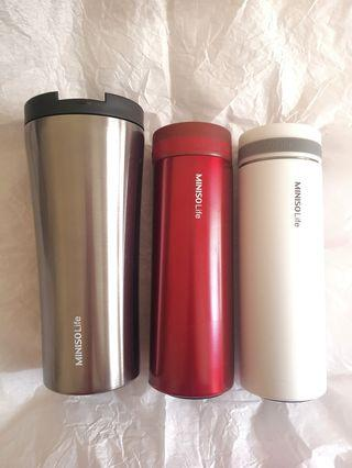 Vacuum Bottle and Cup