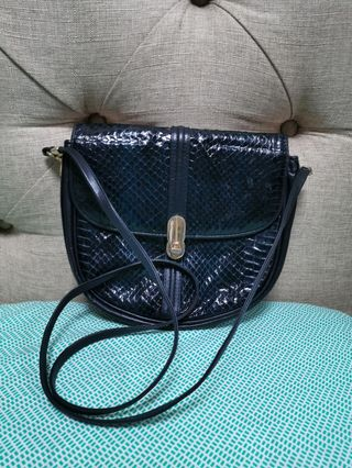 90d0f5dda80 leather bags for women | Watches | Carousell Philippines