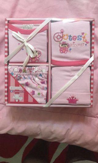 🚚 Shears Baby Gift Set (Girl)