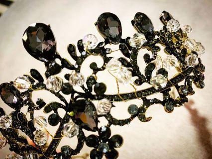 1pc New Instock Black Tiara