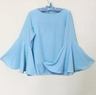 🚚 [AVAILABLE] Bell Sleeve Blouse