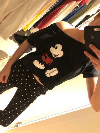 🚚 可愛短板米奇上衣 斜肩短版 迪士尼