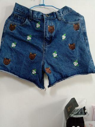 😻😻可愛刺繡牛仔短褲