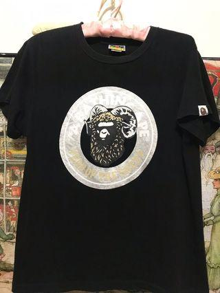 🚚 日本 A Bathing APE 羊年金鏈猿人短T 黑色 】正品肩43、長60公分