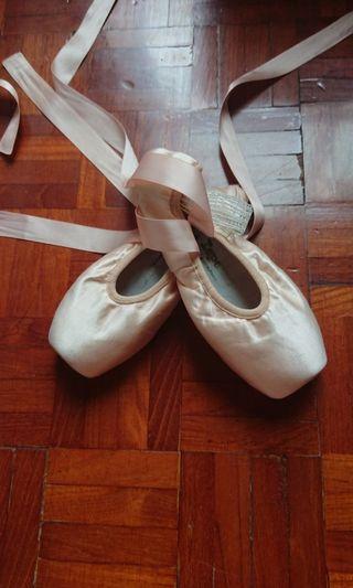 Repetto Pointe Shoes 芭蕾舞足尖鞋