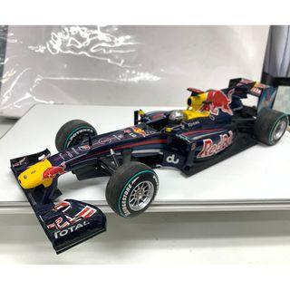 as is 1/18 2010 Red Bull Renault RB6 模型車