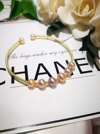 🚚 8star Candy's color baby pearls with 14k gold filled wire Bracelet