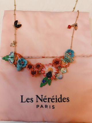 Les Nereides Floral Necklace