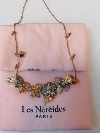 Les Nereides necklace