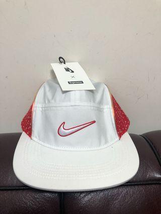 (有單)全新supreme x Nike camp cap new