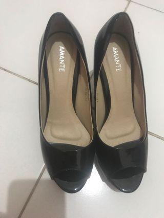 sepatu merk amante