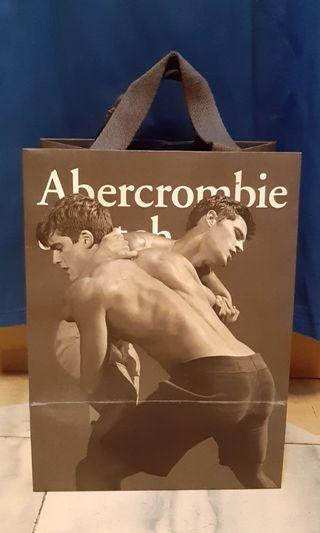 Authentic Abercrombie & Fitch muscle Tshirt