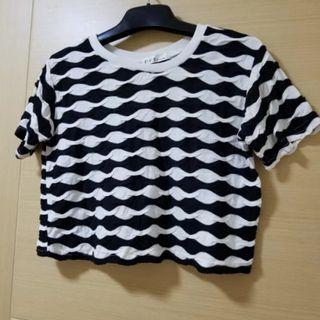 黑白短身t shirt