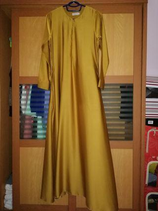 Jubah Minaz Gold Color