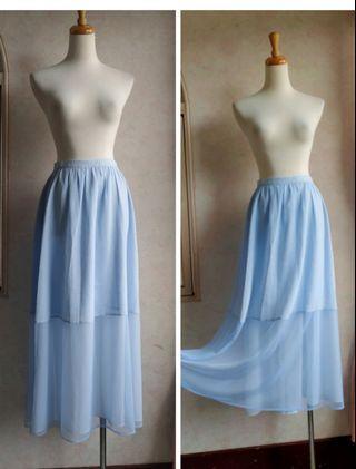 🚚 CANDACE洪秀限量版女水藍色飄逸紗裙落地裙