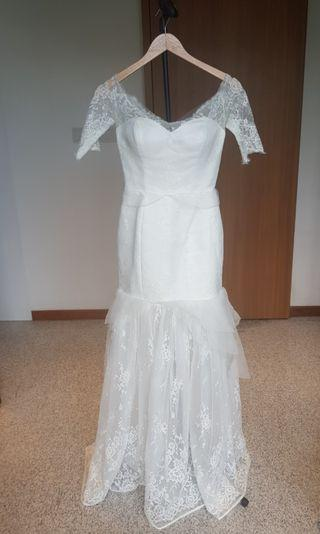 Mermaid Lace style Wedding Dress