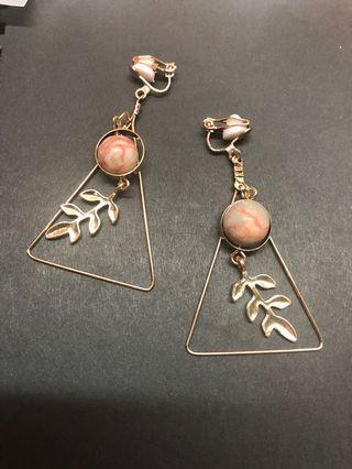 🚚 Korean Clip On Earrings (many designs)